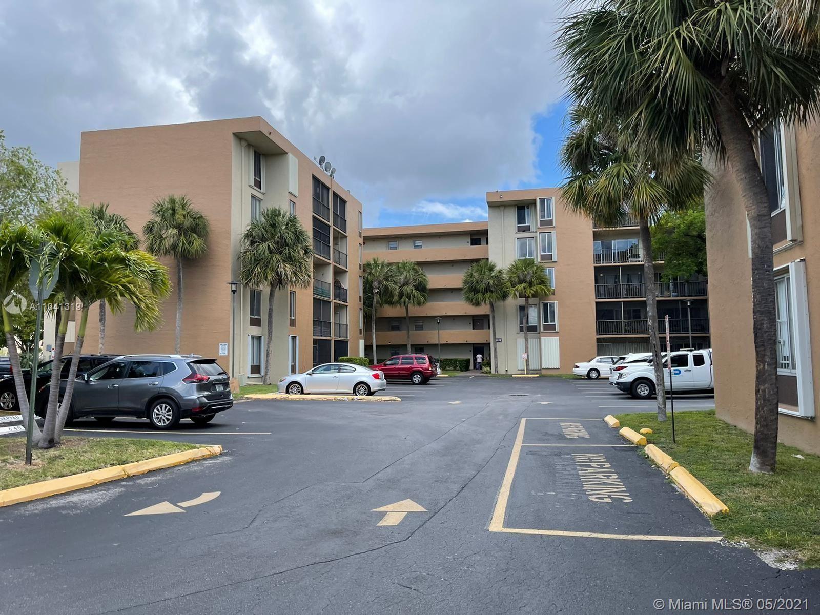 9120 Fontainebleau Blvd #107, Miami, FL 33172 - #: A11041319