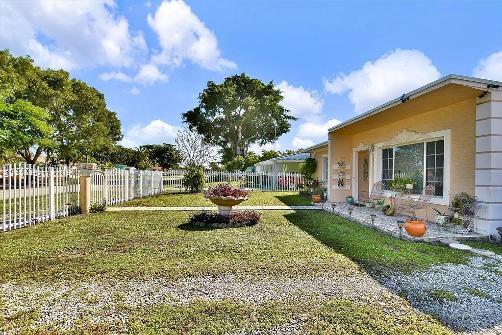 Photo of 840 NW 130th St, North Miami, FL 33168 (MLS # A11113320)