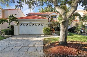 Photo of Listing MLS a10452321 in 3920 Hyde Park Cir Hollywood FL 33021
