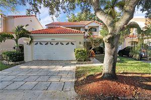 Photo of 3920 Hyde Park Cir, Hollywood, FL 33021 (MLS # A10452321)
