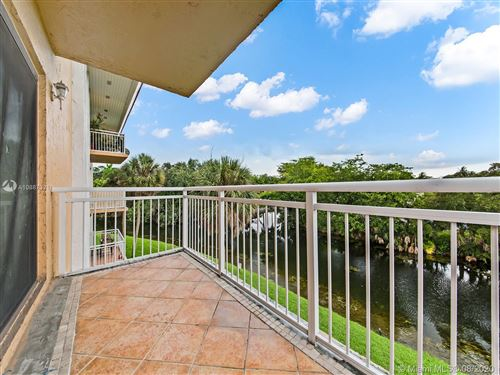 Photo of 505 S Pine Island Rd #302B, Plantation, FL 33324 (MLS # A10887321)