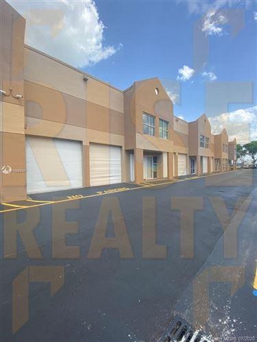 Photo for 20113 NE 16th Pl #20113, Miami, FL 33179 (MLS # A10889321)