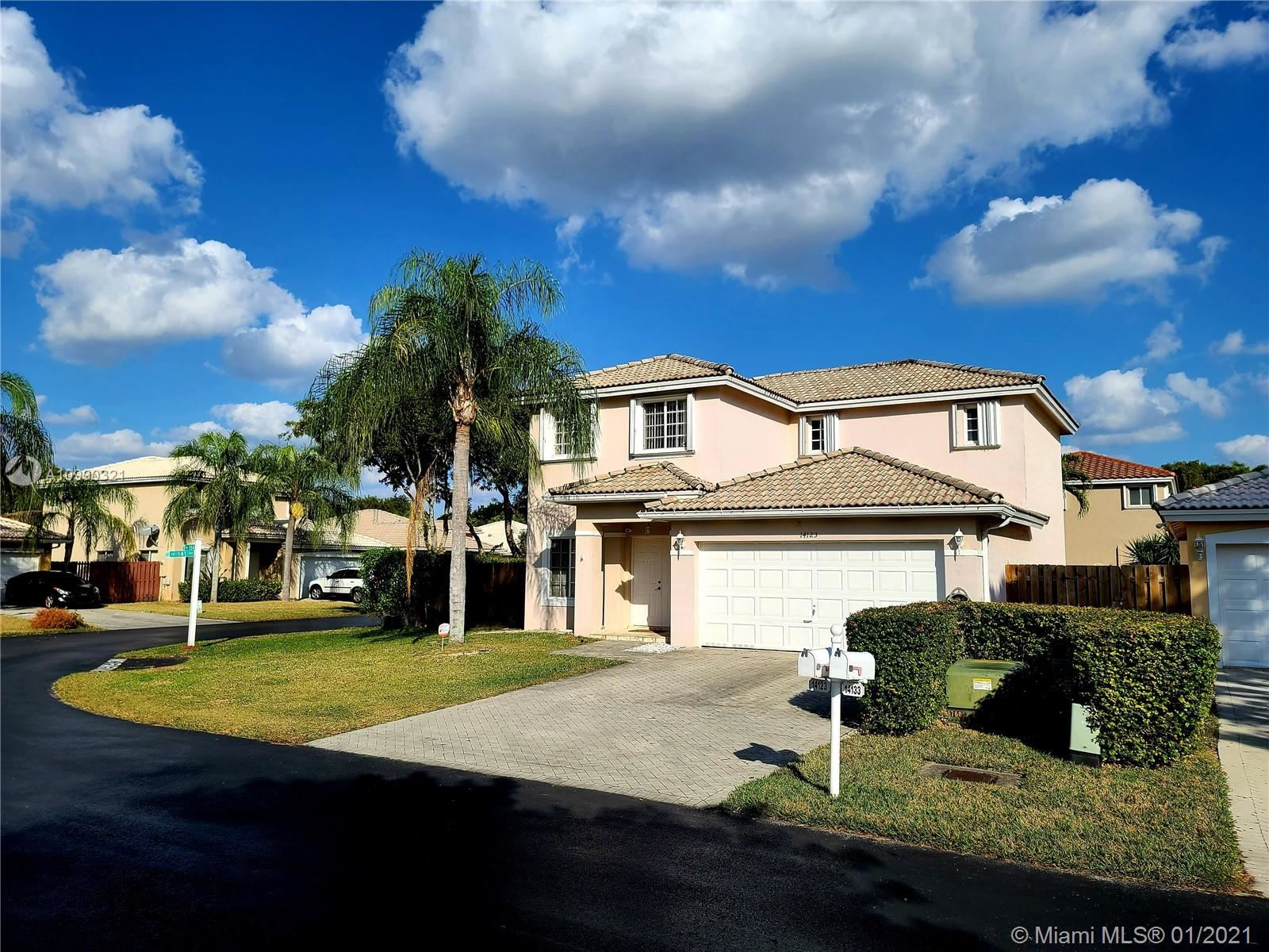 14123 SW 154Th PL, Miami, FL 33196 - #: A10990321