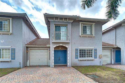 Photo of 14562 SW 29 Terrace #14562, Miami, FL 33175 (MLS # A11102322)