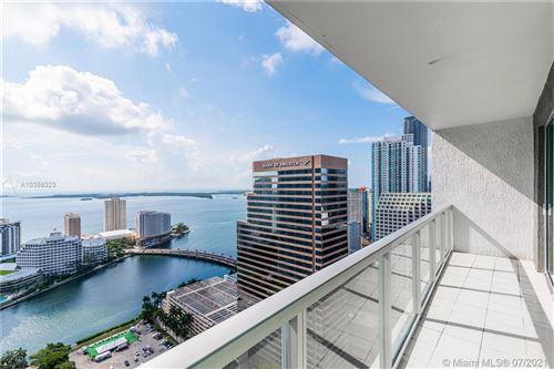 Foto de inmueble con direccion 500 BRICKELL AVE #4101 Miami FL 33131 con MLS A10388323