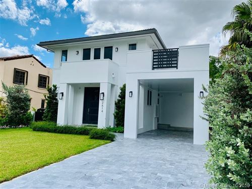 Photo of 2614 Alhambra Cir, Coral Gables, FL 33134 (MLS # A10753325)