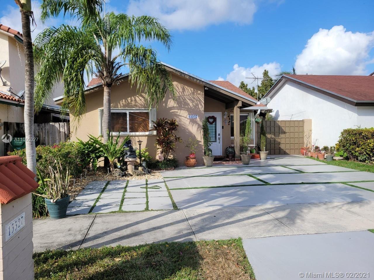 13327 SW 61st Ter, Miami, FL 33183 - #: A11005327