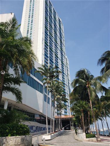 Foto de inmueble con direccion 335 S Biscayne Blvd #4012 Miami FL 33131 con MLS A10853328