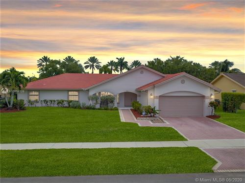 Photo of Listing MLS a10859328 in 231 NW 197th Ave Pembroke Pines FL 33029
