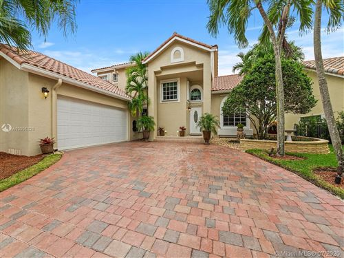 Photo of Listing MLS a10901328 in 1088 Longview Weston FL 33326