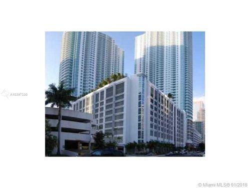 Photo of 950 BRICKELL BAY DR #5006, Miami, FL 33131 (MLS # A10397330)