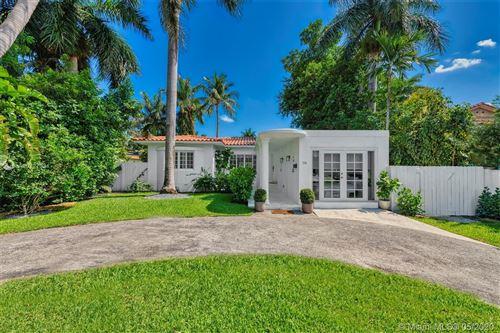 Foto de inmueble con direccion 114 Venetian Way Miami Beach FL 33139 con MLS A10727331