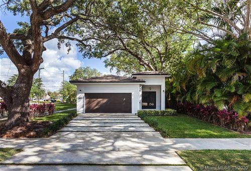 Foto de inmueble con direccion 261 NE 95 Miami Shores FL 95- con MLS A10823332