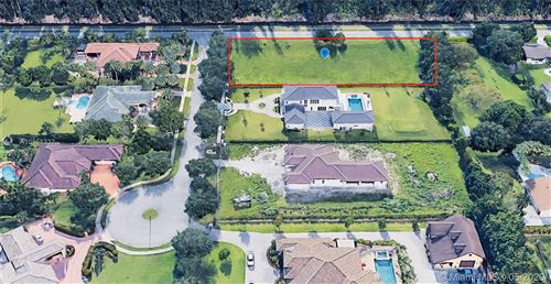 Photo of Listing MLS a10855332 in 13600 Pine Meadow Ct Davie FL 33325