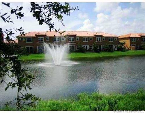 Foto de inmueble con direccion 4920 Spinnaker Dr #5003 Fort Lauderdale FL 33312 con MLS A10907332