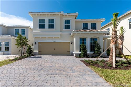 Photo of 3713 Greenway Dr, Hollywood, FL 33021 (MLS # A11077332)