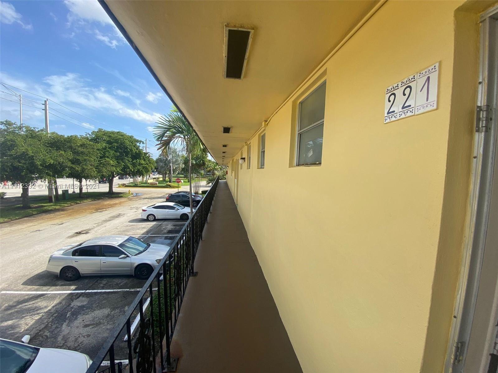 Photo of 2940 NE 203rd St #C221, Aventura, FL 33180 (MLS # A11112332)