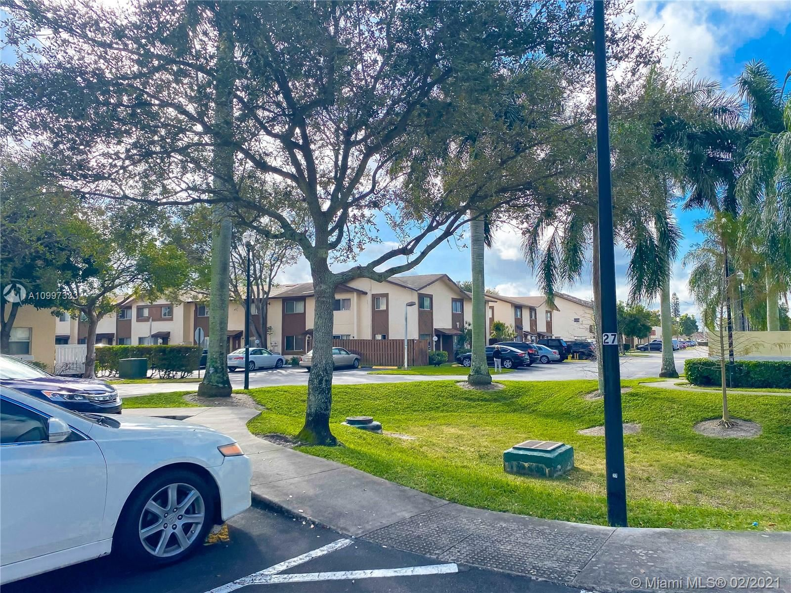 Photo of 6605 Winfield, Margate, FL 33063 (MLS # A10997333)