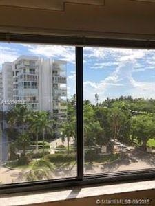 Photo of 650 Ocean Dr #6A, Key Biscayne, FL 33149 (MLS # A10539334)