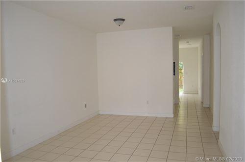 Foto de inmueble con direccion 2903 SE 17th Ave #203 Homestead FL 33035 con MLS A10814335