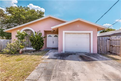 Photo of Listing MLS a10881335 in 9 NW 6th Ave Dania Beach FL 33004