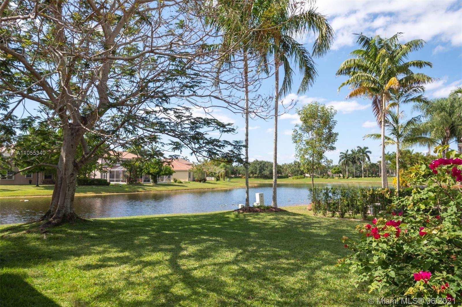 962 Golden Cane Dr, Weston, FL 33327 - #: A11055340