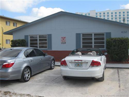 Photo of 420 SE 22nd St #4, Fort Lauderdale, FL 33316 (MLS # A10962341)