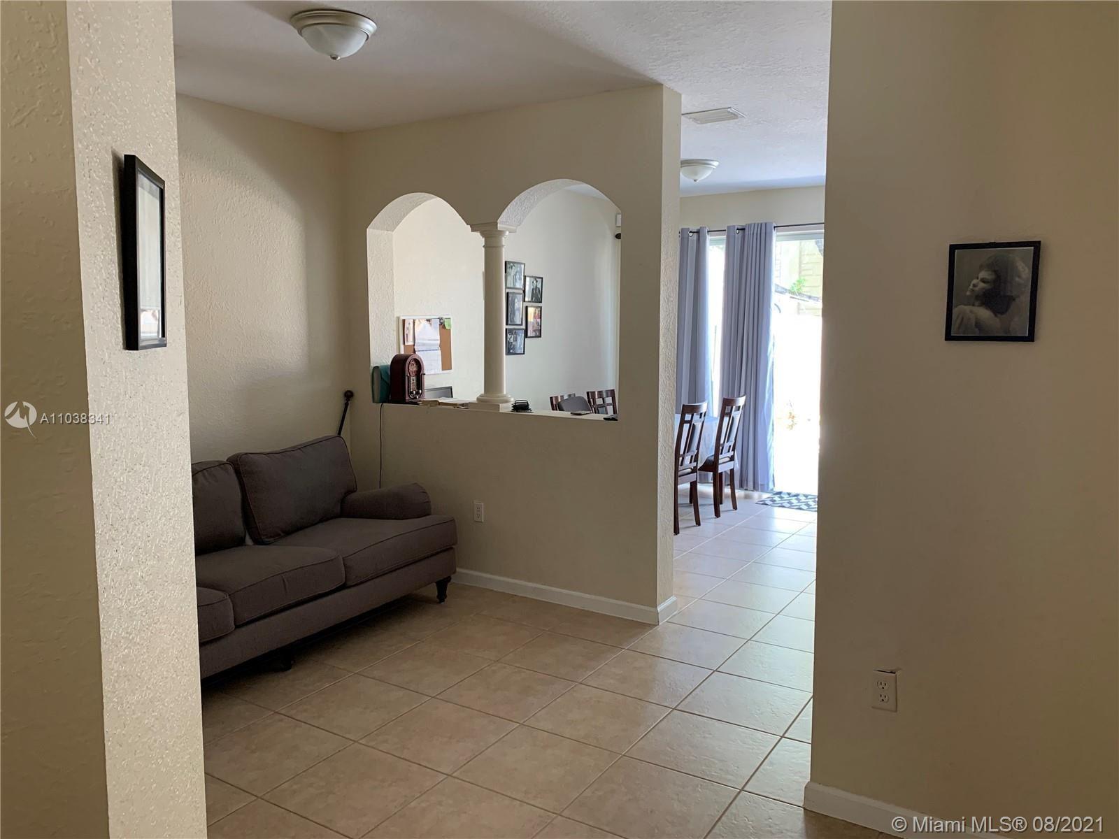 1054 NE 30th Ave, Homestead, FL 33033 - #: A11038341