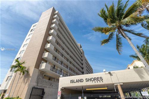 Photo of 2903 N Miami Beach Blvd #802, North Miami Beach, FL 33160 (MLS # A10918342)
