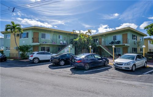 Photo of 17190 S Glades Dr #5, North Miami Beach, FL 33162 (MLS # A10959342)
