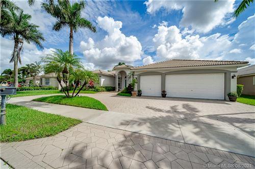 Photo of 2462 Eagle Run Way, Weston, FL 33327 (MLS # A11066342)