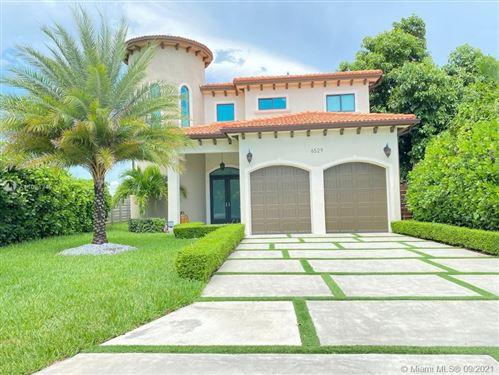Photo of 6529 SW 30th St, Miami, FL 33155 (MLS # A11094342)