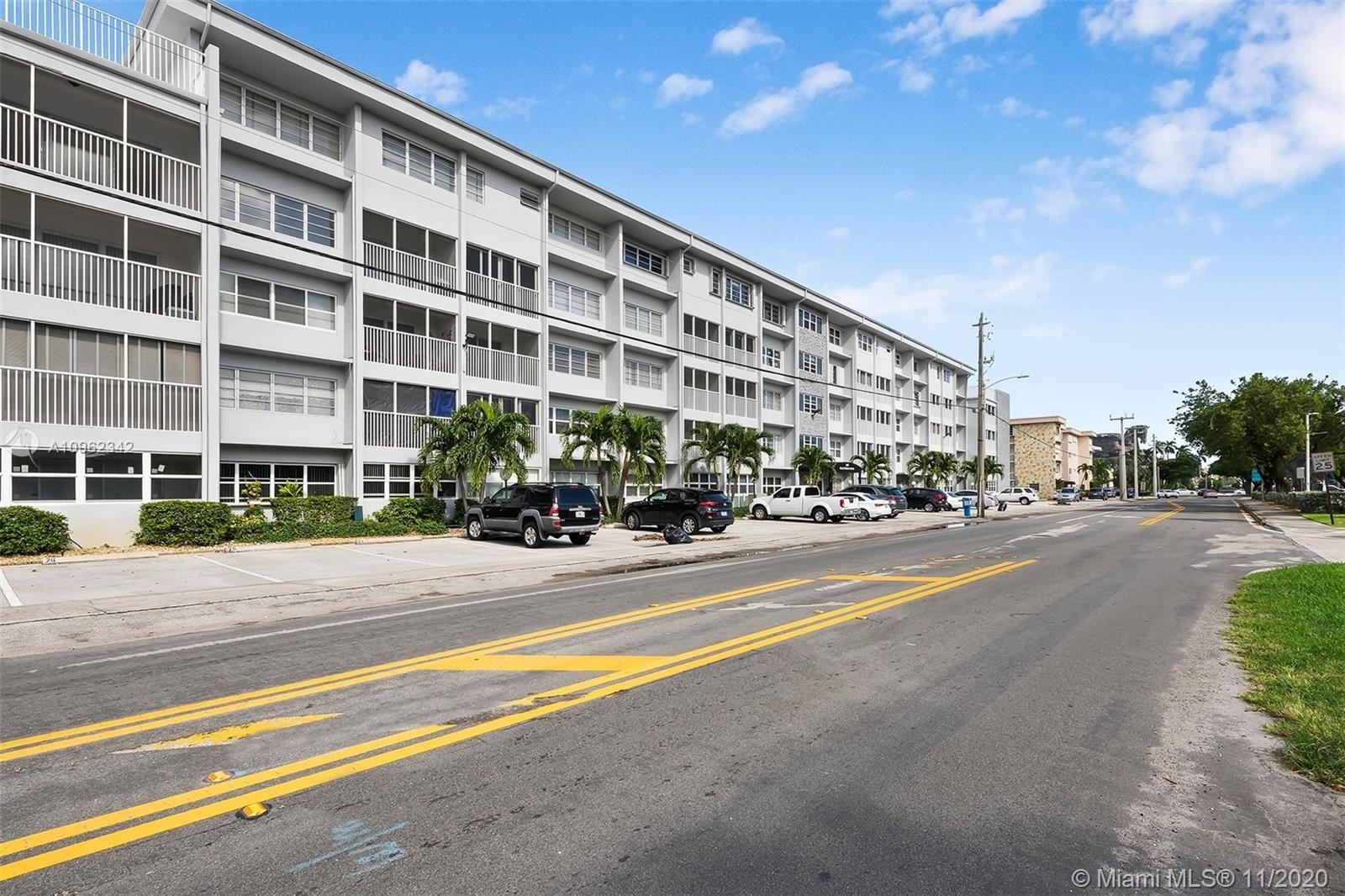 329 SE 3rd St #303S, Hallandale Beach, FL 33009 - #: A10962342