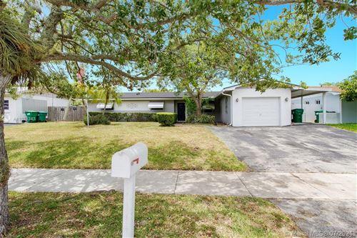Photo of 8841 SW 198th St, Cutler Bay, FL 33157 (MLS # A11076343)