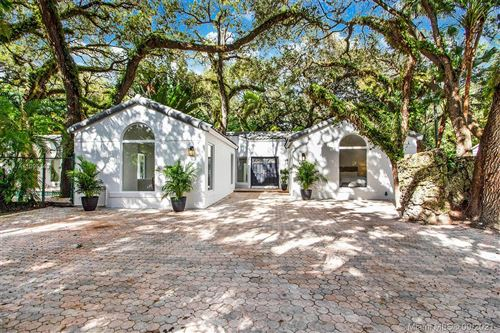 Photo of 3700 Justison Road, Coconut Grove, FL 33133 (MLS # A11095343)