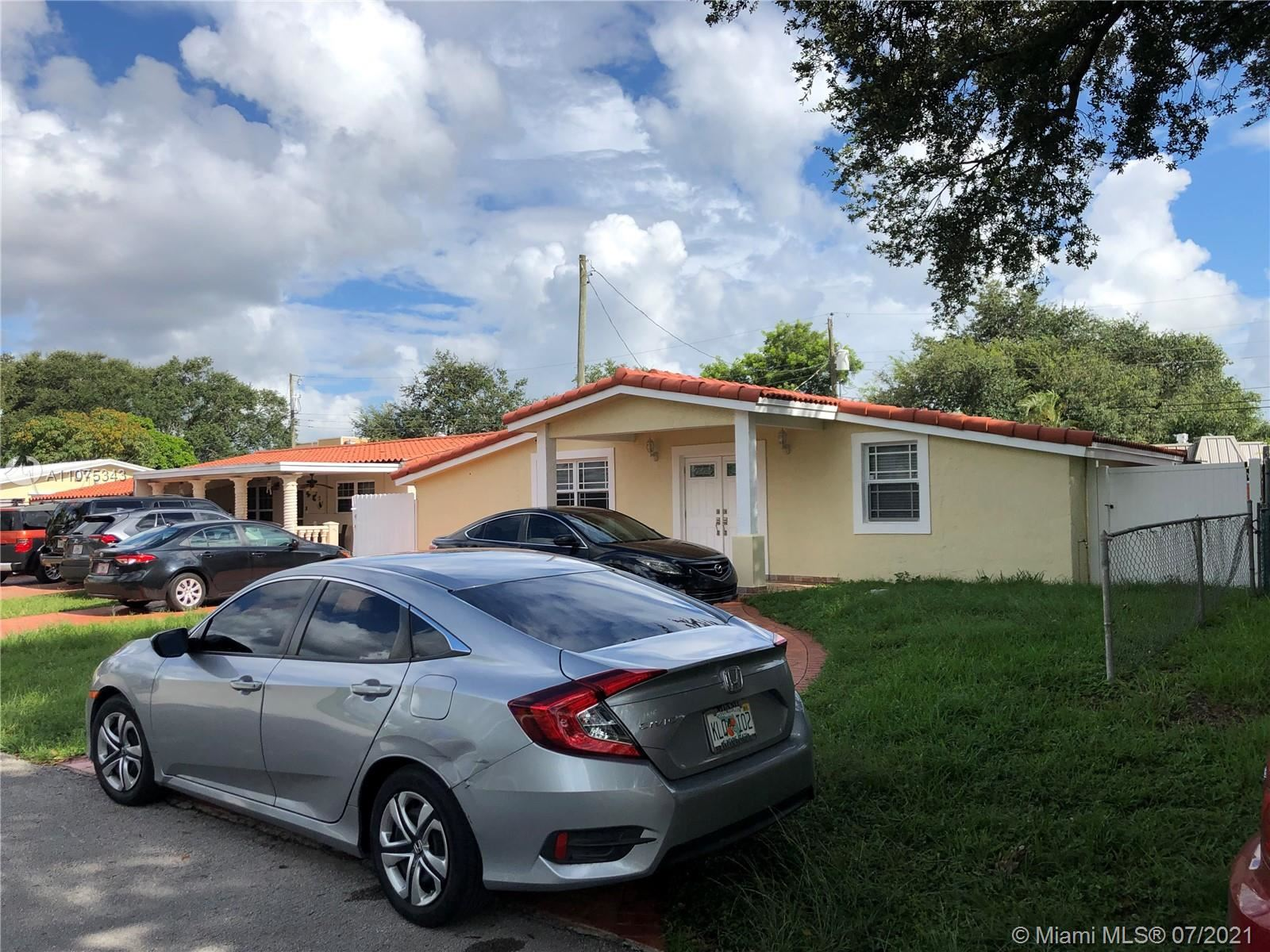 Photo of Hollywood, FL 33024 (MLS # A11075343)
