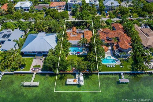 Photo of 290 Harbor Dr, Key Biscayne, FL 33149 (MLS # A10928344)