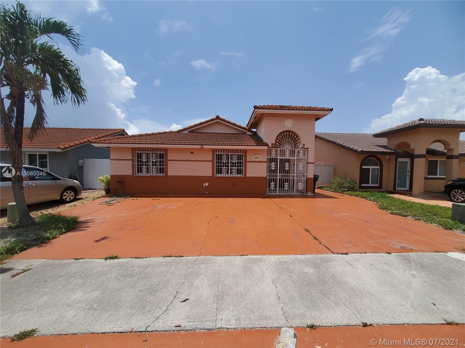 8804 NW 110th St, Hialeah Gardens, FL 33018 - #: A11060345