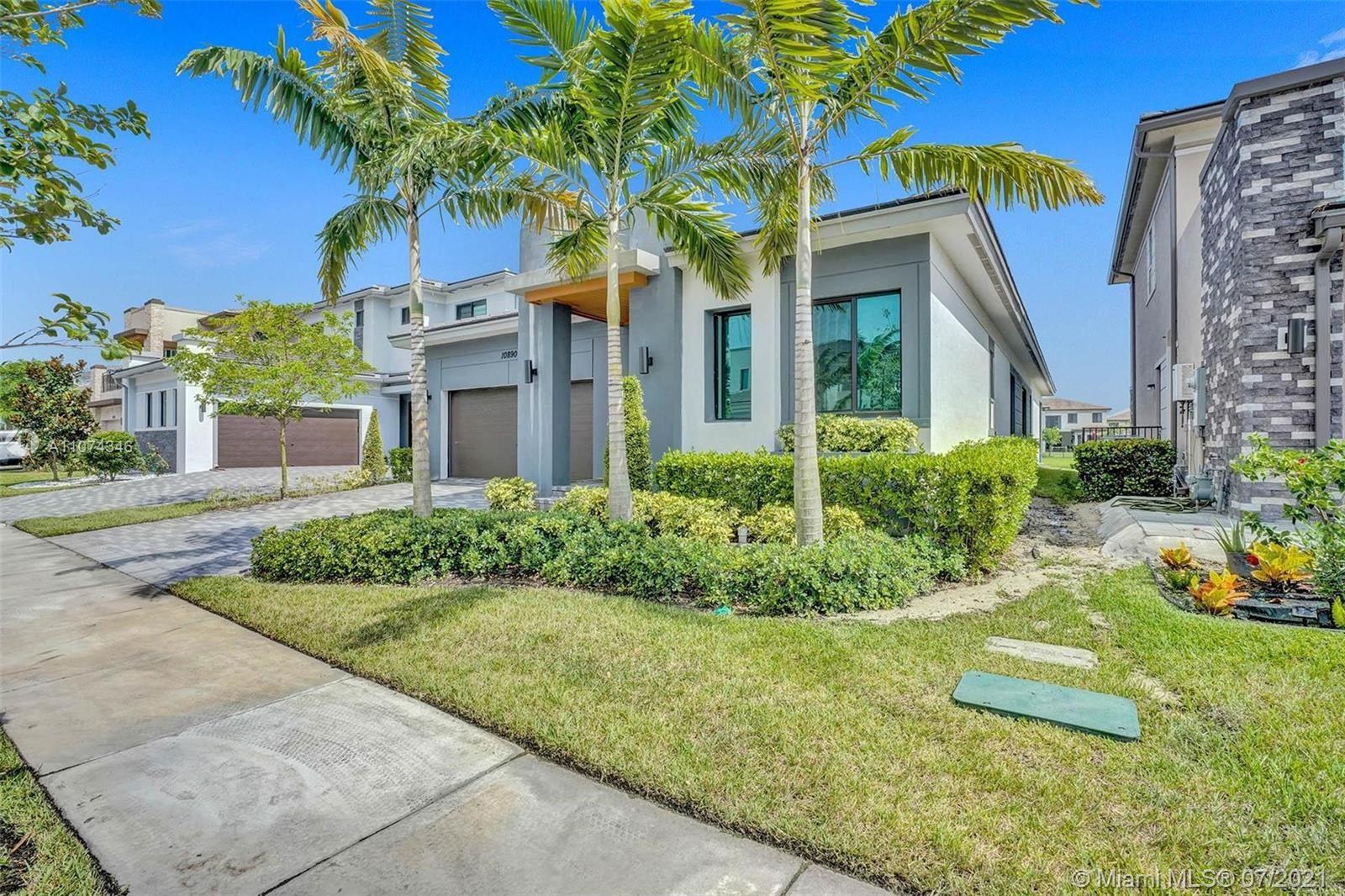 Photo of 10890 Vista Ter, Parkland, FL 33076 (MLS # A11074346)