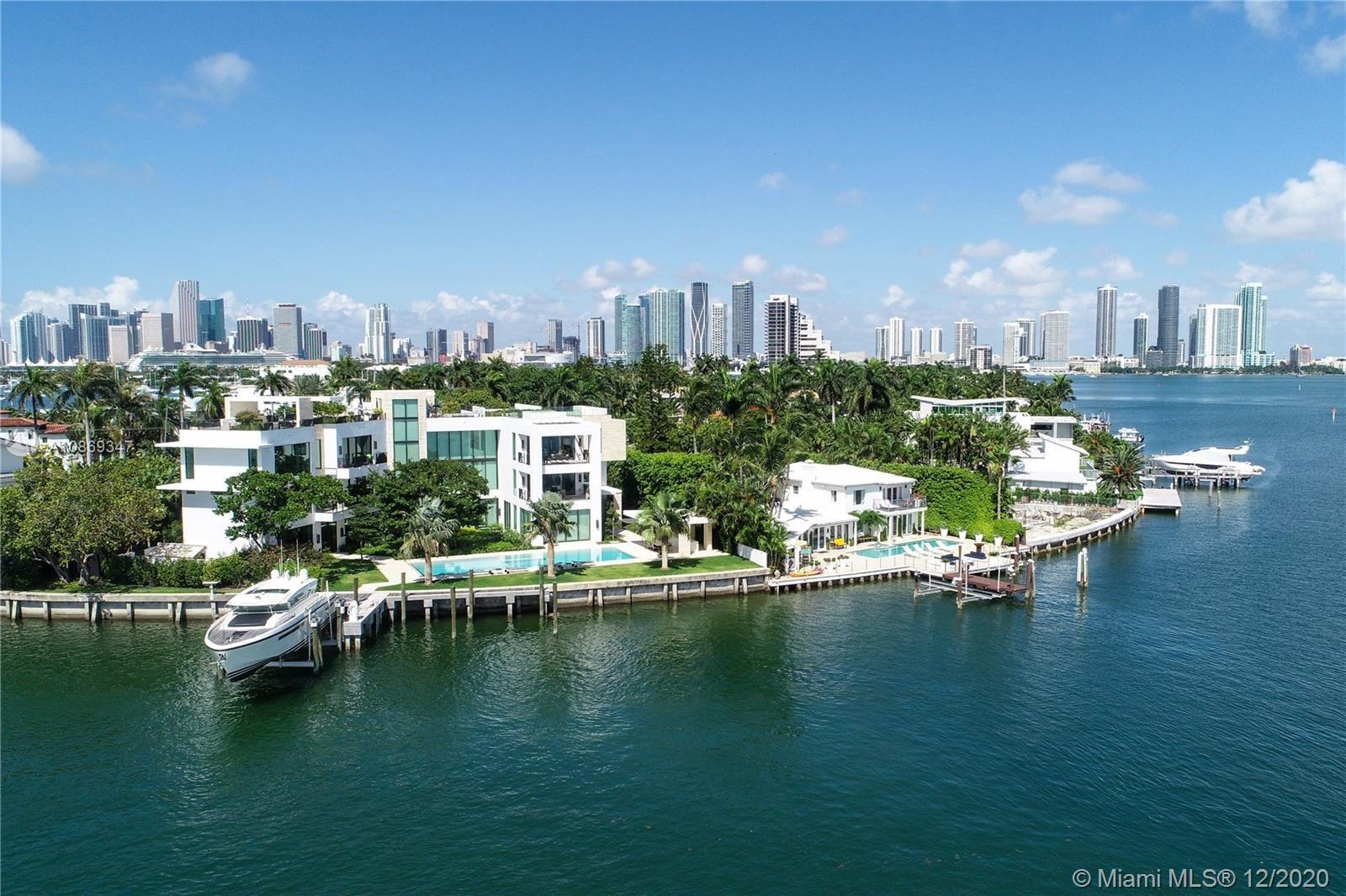 Photo 1 of Listing MLS a10869347 in 1429 N Venetian Way Miami FL 33139