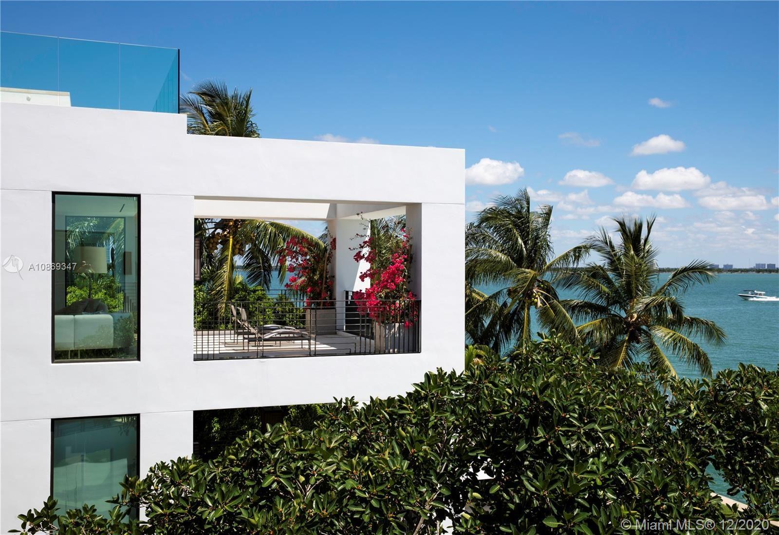 Photo 5 of Listing MLS a10869347 in 1429 N Venetian Way Miami FL 33139