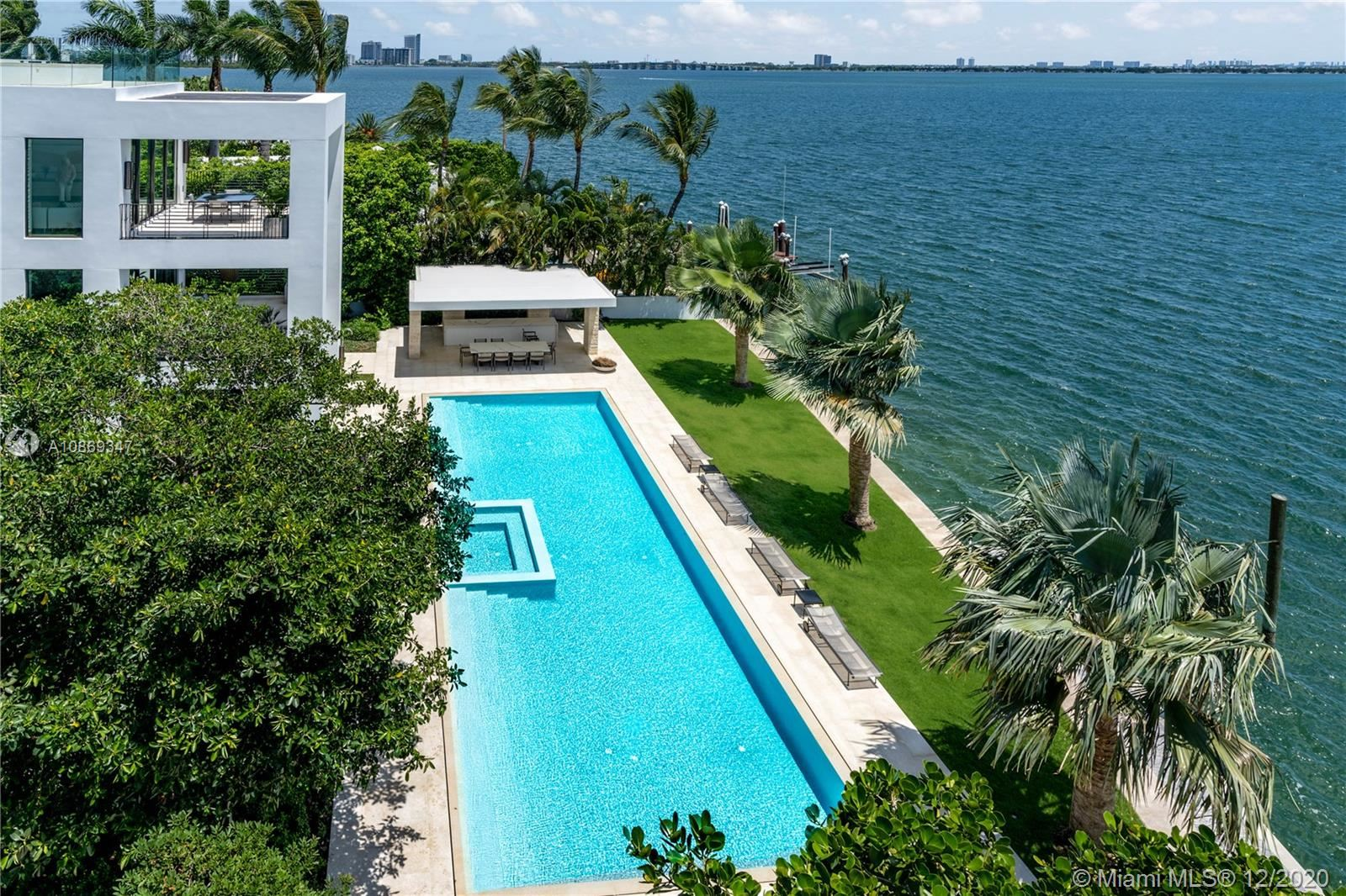 Photo 6 of Listing MLS a10869347 in 1429 N Venetian Way Miami FL 33139