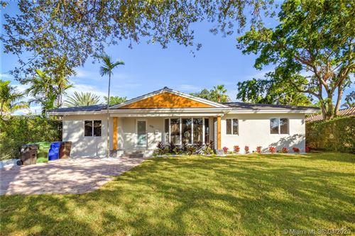 Foto de inmueble con direccion 630 NE 16 Ave Fort Lauderdale FL 33304 con MLS A10822350