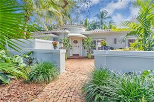 Photo of 918 Alfonso Ave, Coral Gables, FL 33146 (MLS # A10489351)