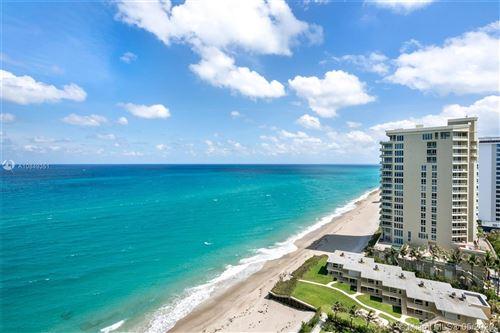 Foto de inmueble con direccion 5070 N Ocean Drive #16D Singer Island FL 33404 con MLS A10849351