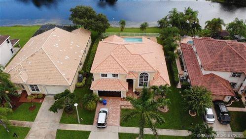 Photo of 881 SW 172nd Ter, Pembroke Pines, FL 33029 (MLS # A11067351)