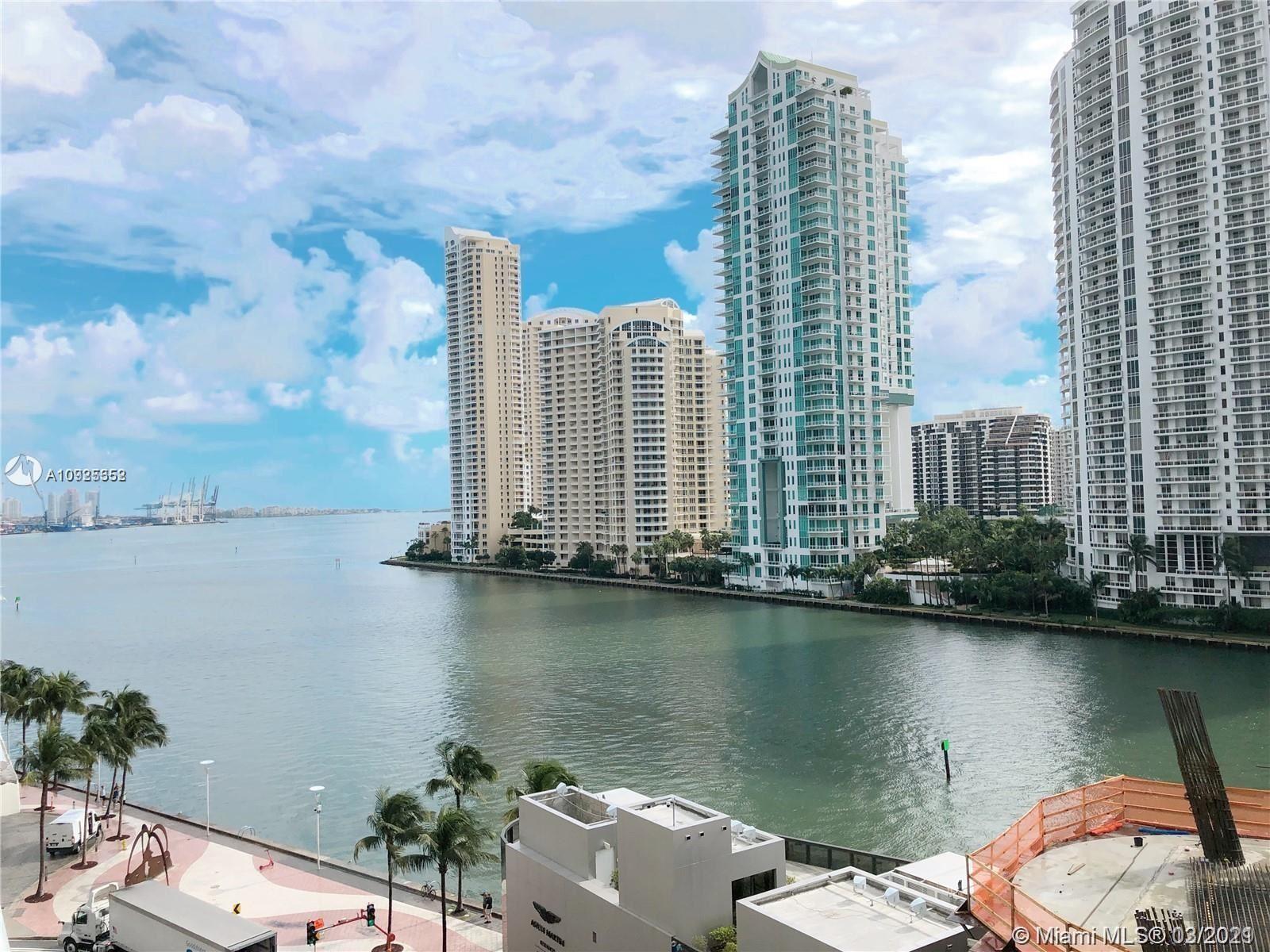 300 S Biscayne Blvd #L-602, Miami, FL 33131 - #: A10925352