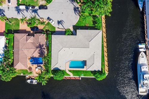 Photo of 5201 NE 33rd Ave, Fort Lauderdale, FL 33308 (MLS # A11112353)
