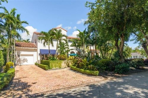 Photo of 4220 S Alhambra Cir, Coral Gables, FL 33146 (MLS # A10940355)