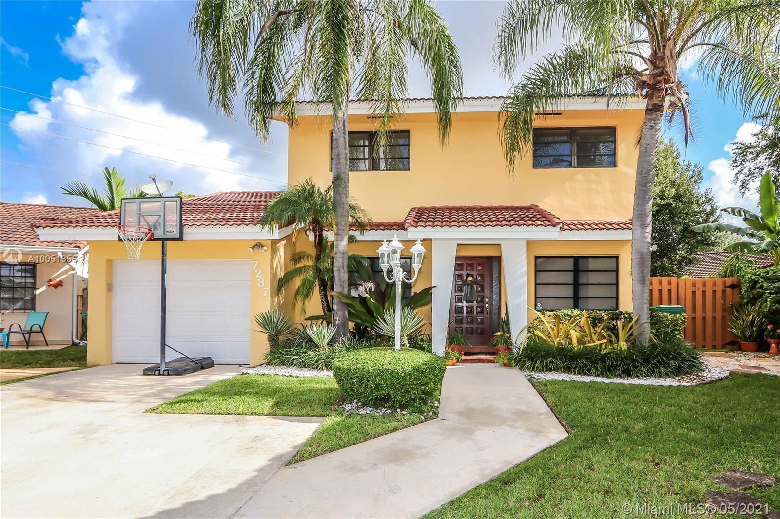 7237 SW 112th Place Cir, Miami, FL 33173 - #: A10951356